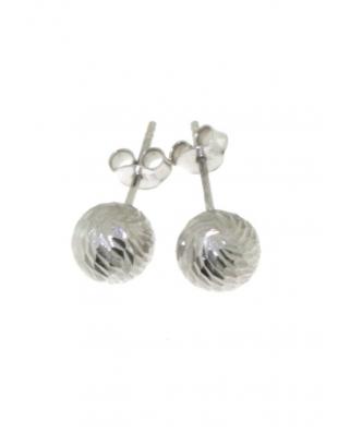 Diamond cut Silver Earrings